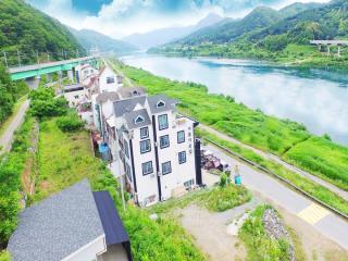 강촌아름다운집